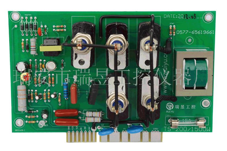 ts-200/1500w直流电机调速板是一种采用可控硅触发电路